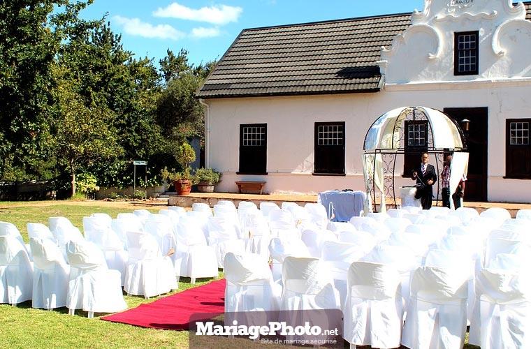 Partager les préparatifs de mariage : photos et vidéos de son mariage avec ses invités