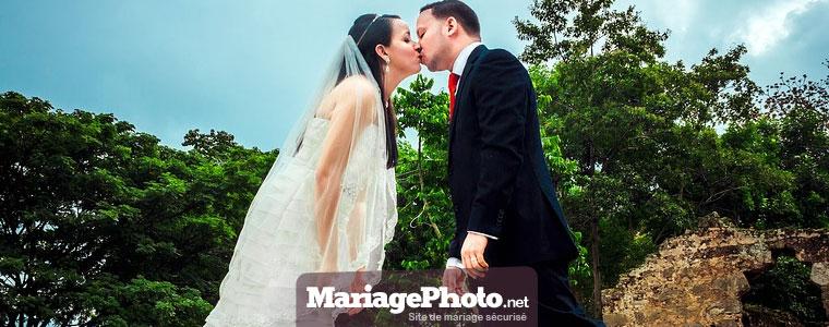 Album photo en ligne : votre espace sécurisé pour partager vos photos et vidéos de mariage privées