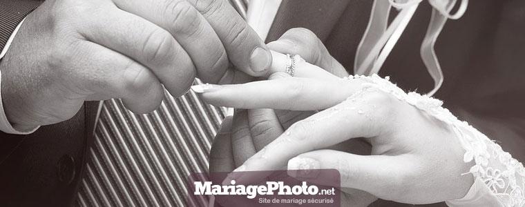 Partager ses photos de mariage sur Facebook, iCloud, Youtube, Google Drive ou Dropbox engendre des risques certains pour sa vie privée.