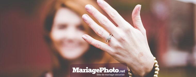 Site internet pour son mariage : Essayages de tenues, visites des lieux, photos des menus et autres infos pratiques, un site de mariage permet de partager avec ses proches avant le jour J.